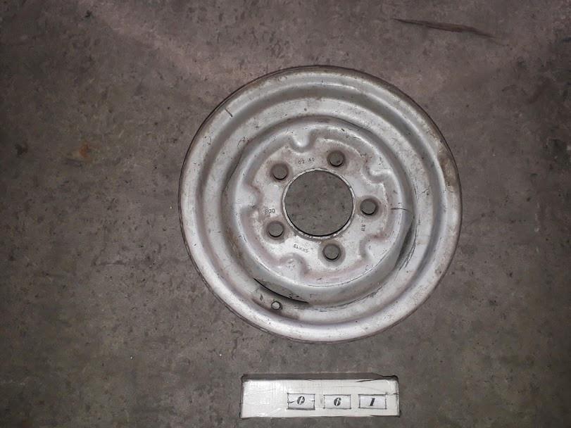 №61 Б/у диск R14  5x139.7   ET45  DIA 95.1 для Kia Sorento 2002-2006