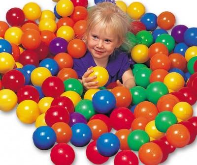 Набор цветных пластиковых мячей Intex 49600 диаметр 8 см 100 шт.