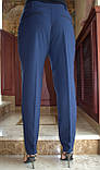 Универсальные классические брюки прямого кроя, дополнят образ деловой девушки, р.52,56,60 к.3122М, фото 5