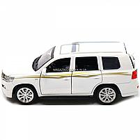Машинка игровая автопром «Toyota Land Cruiser» Белая со световыми и звуковыми эффектами (6608), фото 5