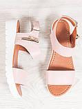 Босоніжки жіночі шкіряні на платформі пудра, фото 2