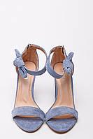 Босоножки женские из эко-замши голубого цвета