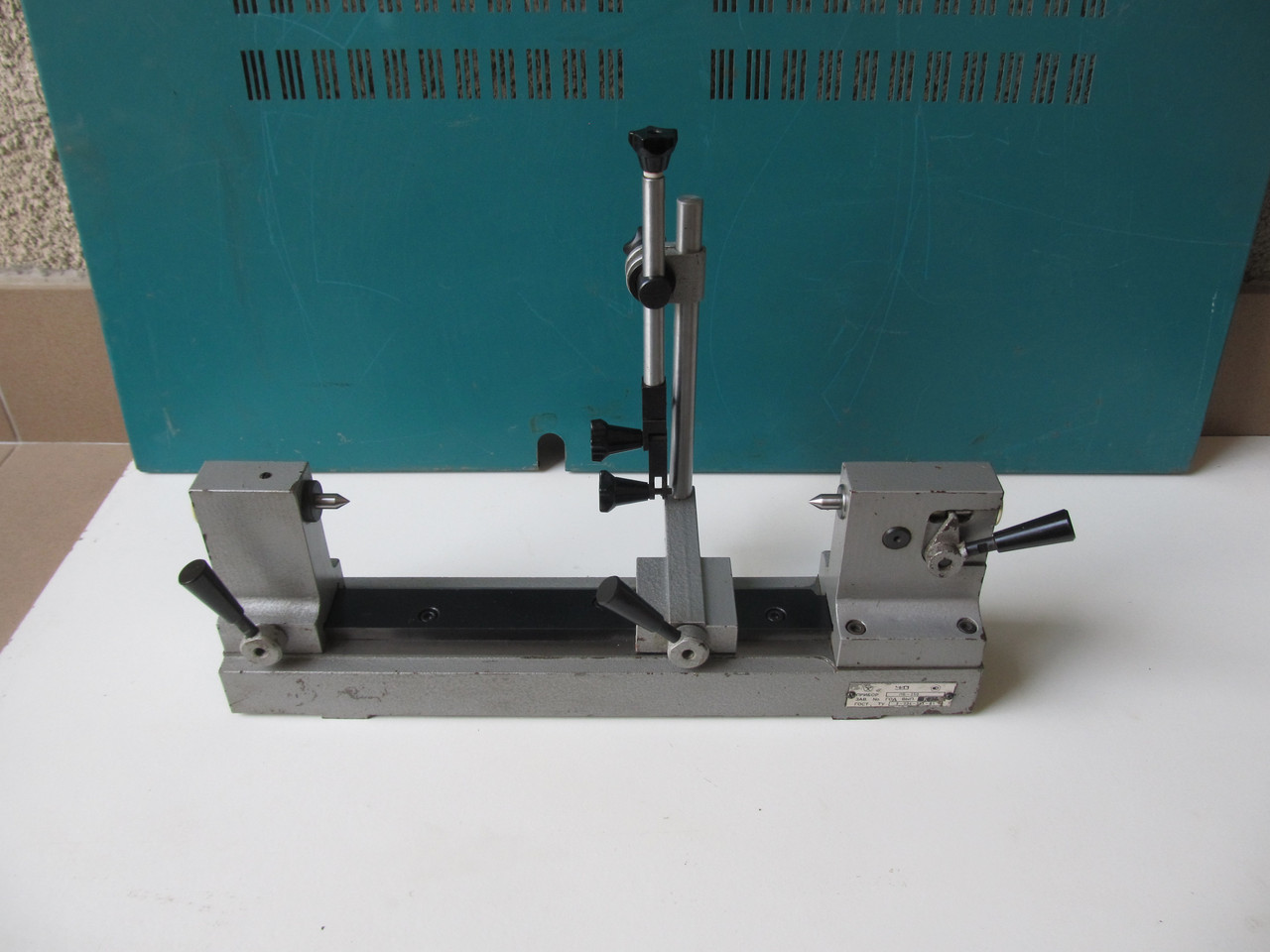 Биениемер (Прибор для контроля изделия на биение в центрах) ПБМ 250, возможна калибровка в УкрЦСМ