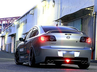Спойлер на багажник тюнинг Mazda 3 Sedan