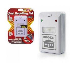 Отпугиватель грызунов и насекомых Riddex Plus Pest Repelling Aid | Электронный кот от грызунов