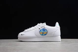 Кроссовки женские  Nike Cortez Classic / CRT-001 (Реплика)