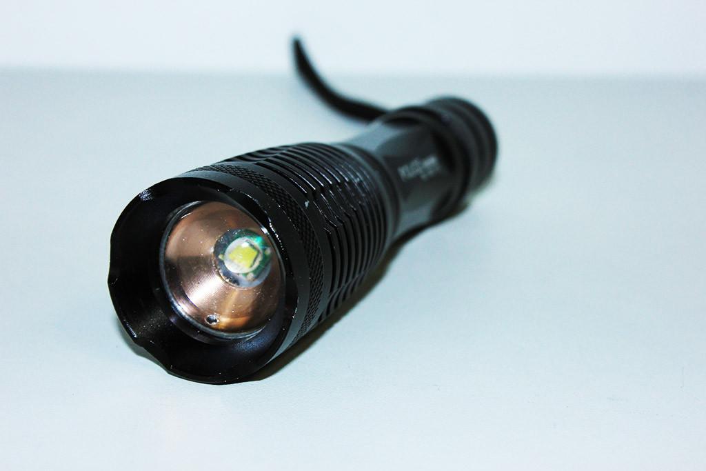 Потужний ліхтар Police BL-1837-T6 50000W