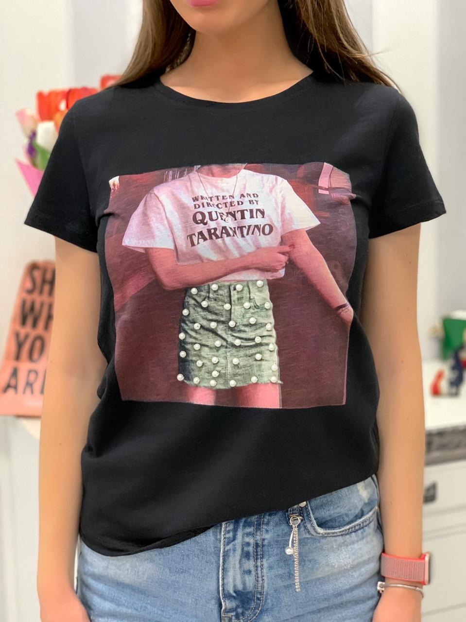 Белая и черная женская футболка из хлопка с рисунком 33ma275