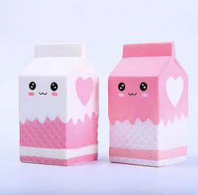 """Игрушка Squishy с ароматом """"Пакет Молока"""". Размер 11*5.5 см."""