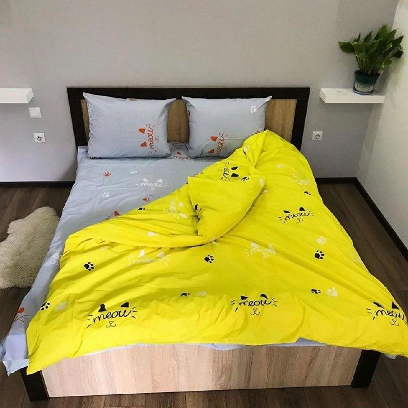 Комплект семейного постельного белья на осень