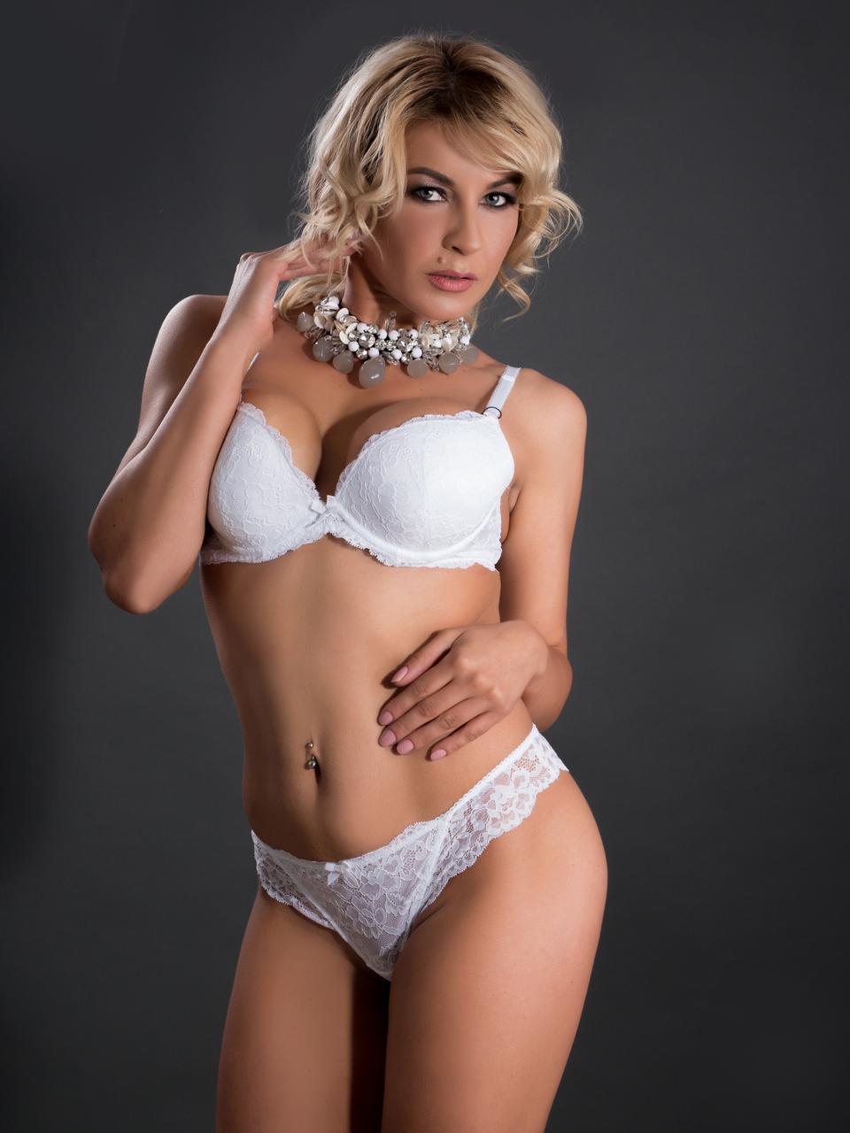 Комплект женского нижнего белья Acousma A6457BC-T6457H оптом, чашка B, цвет Белый
