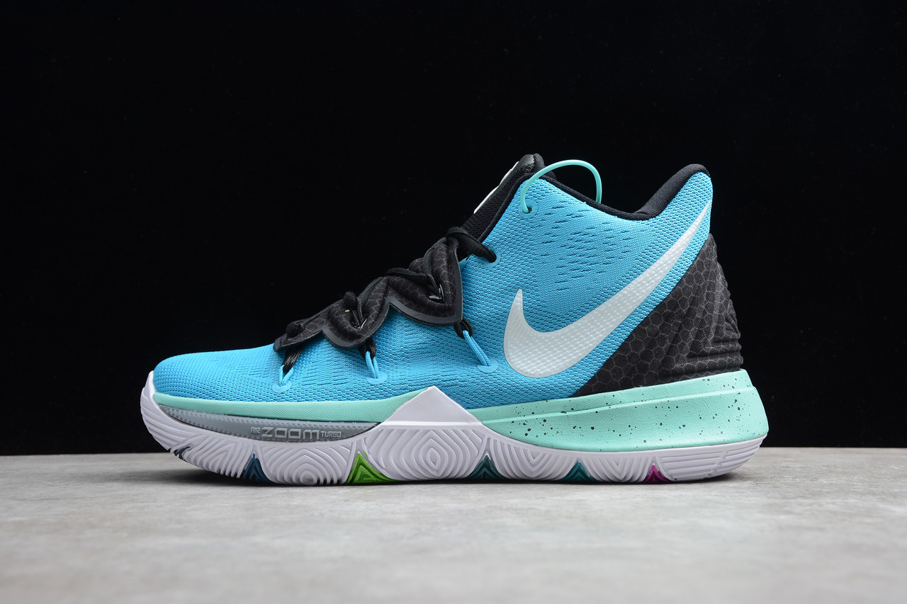 Кроссовки мужские Nike Kyrie 5  / KRV-027 (Реплика)