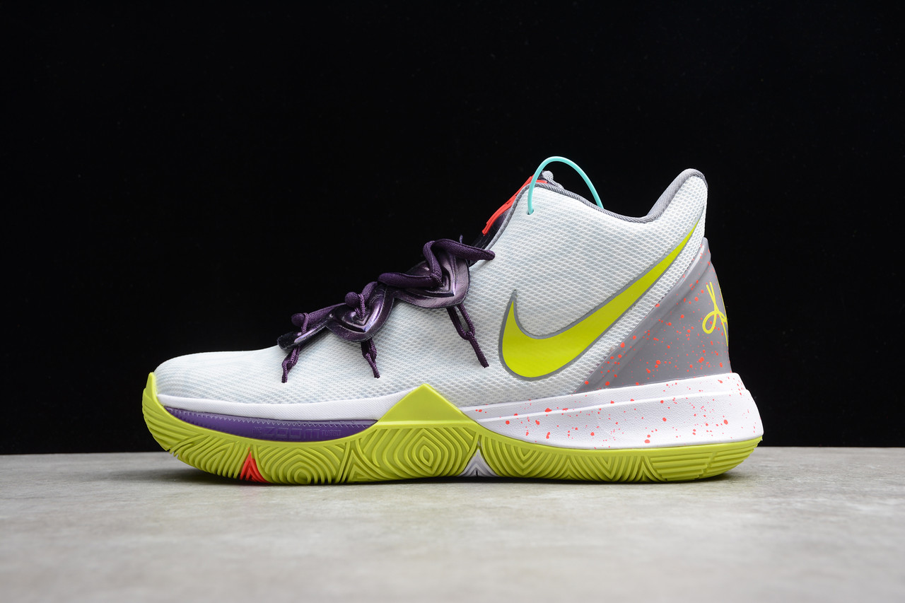 Кроссовки мужские Nike Kyrie 5  / KRV-028 (Реплика)