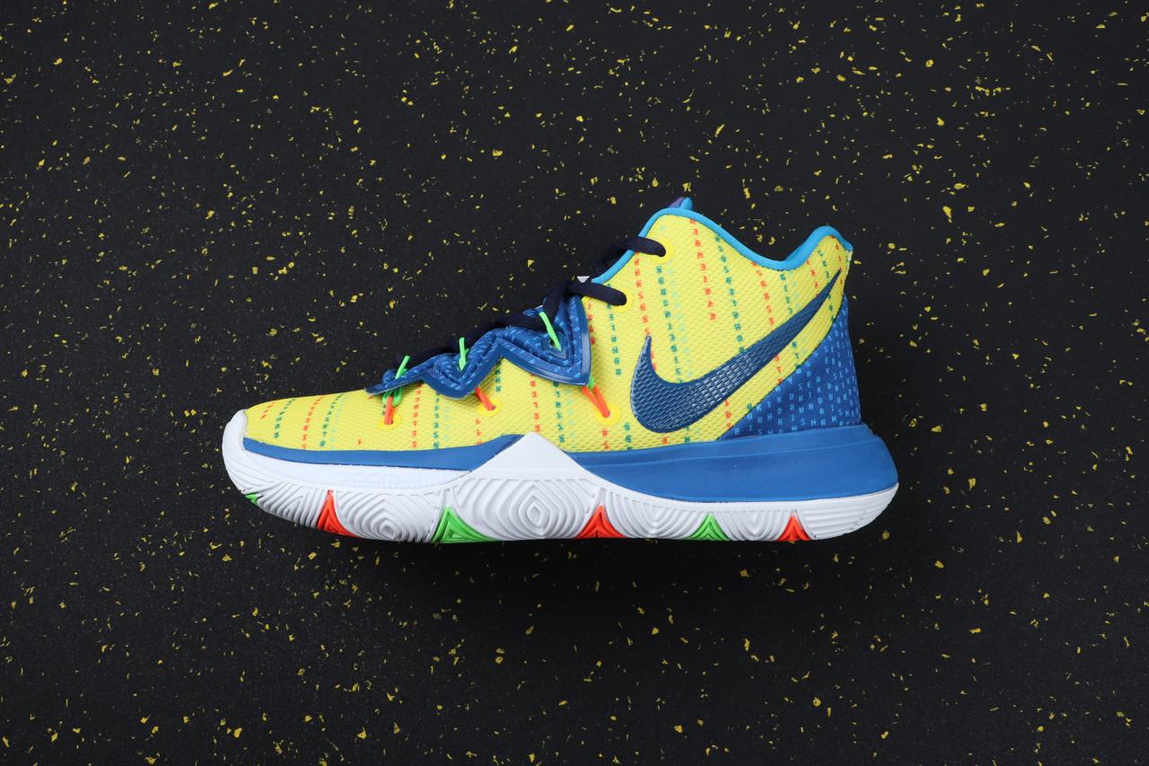 Кроссовки мужские Nike Kyrie 5  / KRV-049 (Реплика)