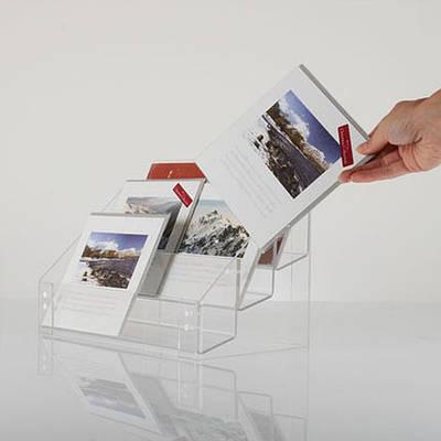 Подставка с акрила для полиграфии