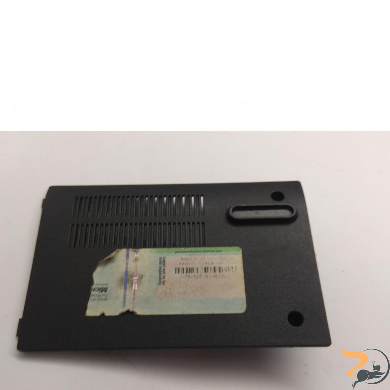 Сервісна кришка для ноутбука ASUS N51T, 13N0-57A0802, Б/В. В хорошому стані, без пошкоджень. Є подряпини та потертості.