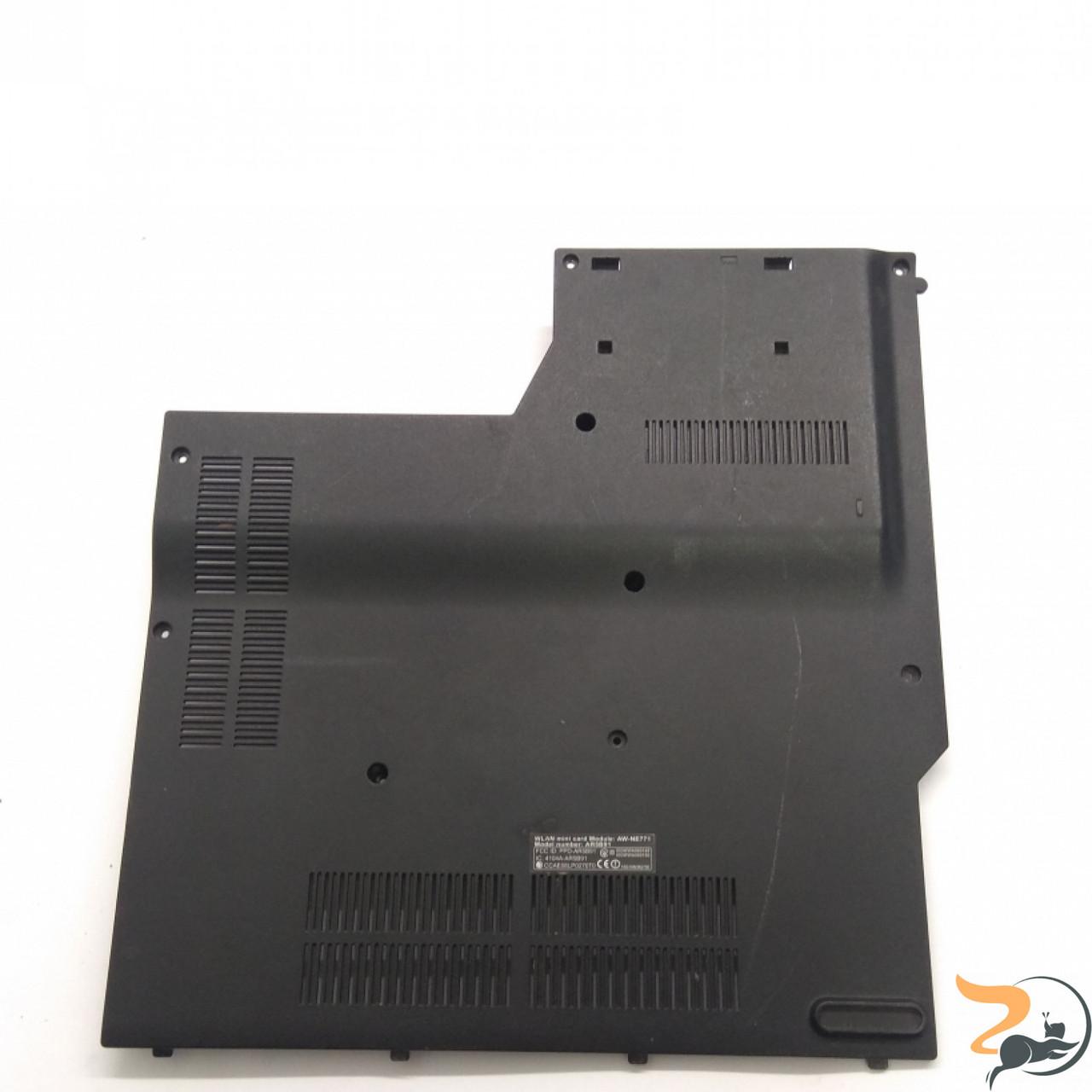 Сервісна кришка для ноутбука ASUS N51T, 13N0-57A0902, Б/В. В хорошому стані, без пошкоджень. Є подряпини та потертості.