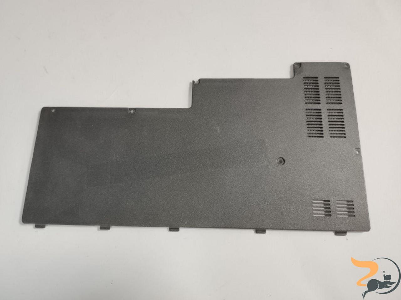 """Сервісна кришка для ноутбука Asus X51, 15.4"""", 13GNKA1AP052-1, б/в. Пошкоджене кріплення (фото)."""