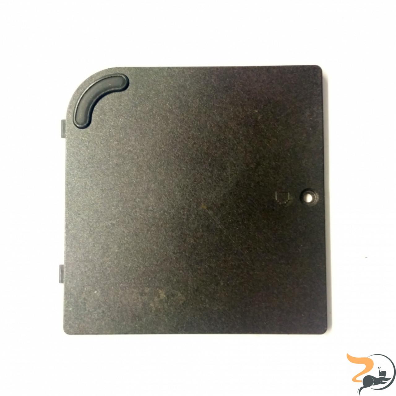 Сервісна кришка для ноутбука Compaq Evo N1020v, Б/В. Без пошкоджень.Має подряпини.