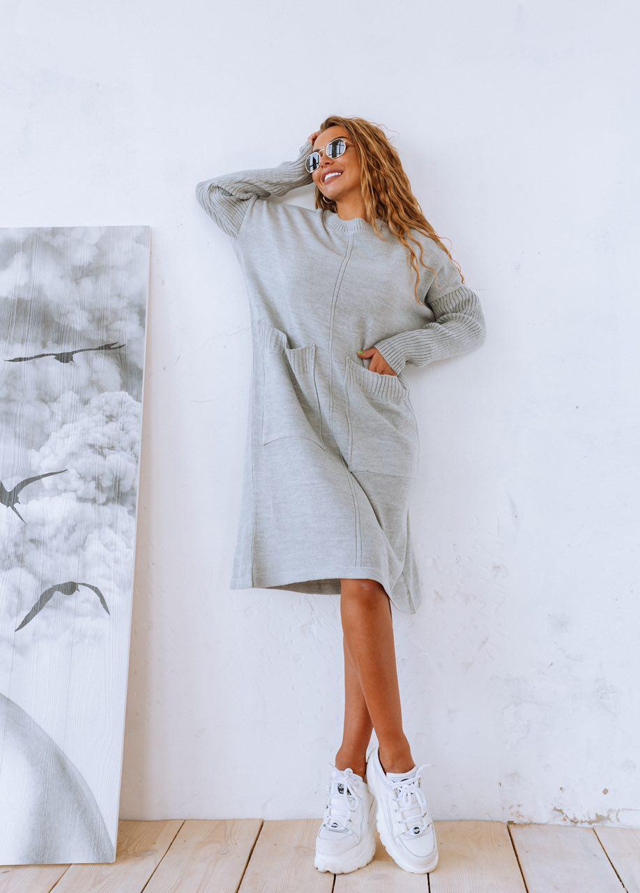 Вязаное платье свободное с карманами оверсайз