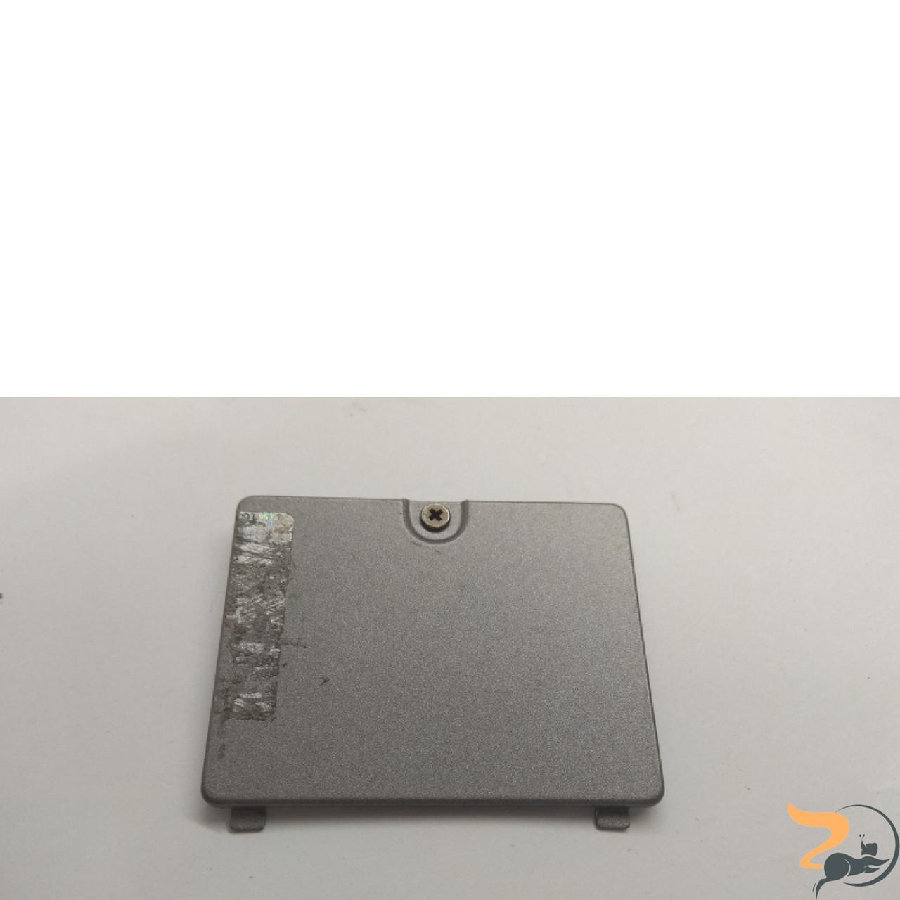 Сервісна кришка для ноутбука Dell Latitude D610, 3CJM5MDWI03, Б/В. В хорошому стані, без пошкоджень. Є подряпини та потертості.