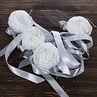 Свадебные украшения на ручки автомобиля с пионами и серебристыми лентами BestWed (UR-26)