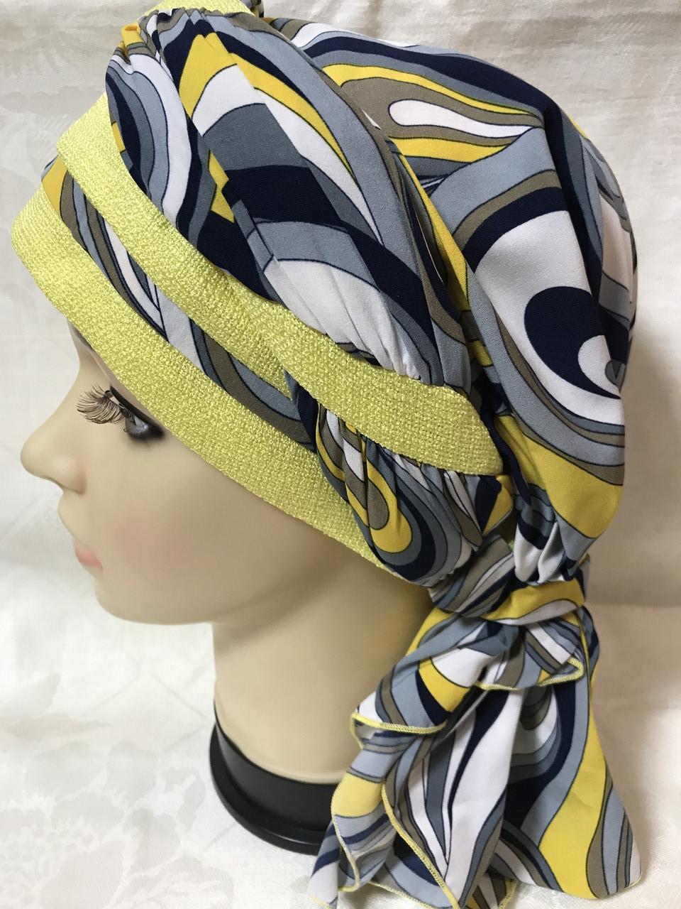 Летняя бандана-шапка-косынка-тюрбан  с объёмной драпировкой сине-жёлтого цвета