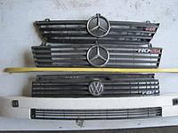 Решетка пластик (оригинал, б/у) Фольксваген ЛТ 28,35,46 (Volkswagen LT) двигатель 2,5 ТDI, 2,5 SDI, 2,8 ТDI