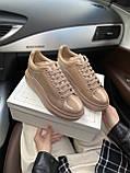 Стильні жіночі кросівки Alexander McQueen (Олександр Маквин) Patent Beige, фото 5