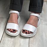 Жіночі шкіряні босоніжки білого кольору Можливий відшиваючи у інших кольорах, фото 3