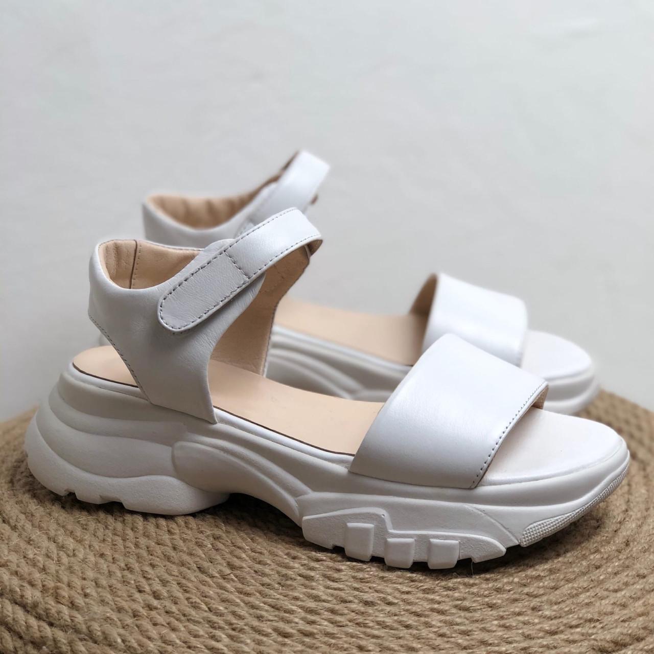 Женские кожаные босоножки белого цвета Возможен отшив в других цветах
