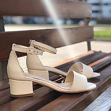 Женские босоножки на невысоком каблуке Натуральная кожа Возможен отшив в других цветах