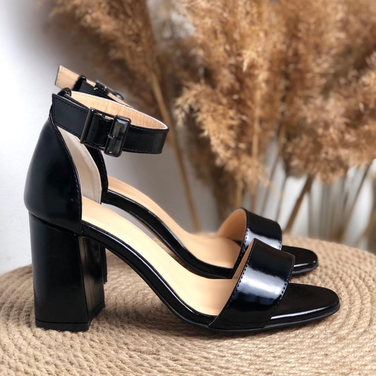 Кожаные босоножки на каблуке Возможен отшив в других цветах кожи и замши