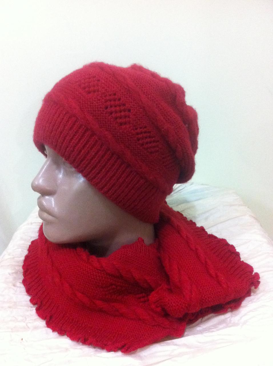 молодежный комплект шапка и шарф красного цвета