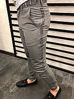 Брюки мужские серые зауженные демисезонные с надписью на поясе и по длине штанины Размеры: 32,33,34,36,38