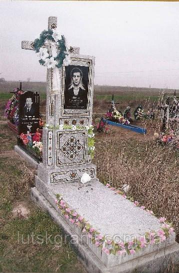 Надгробные плиты из гранита и мраморной крошки
