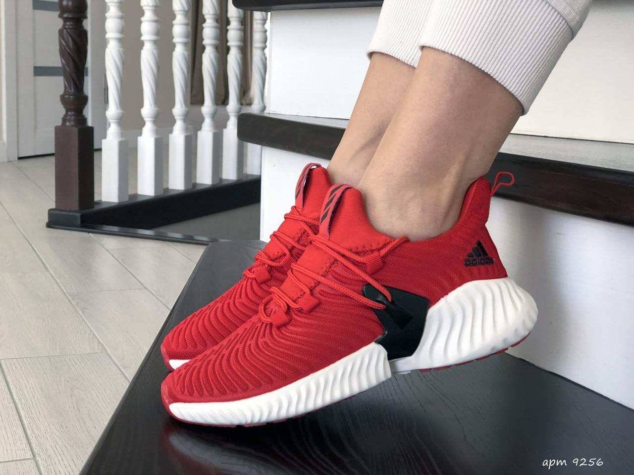 Модные женские кроссовки Adidas,текстиль,красные