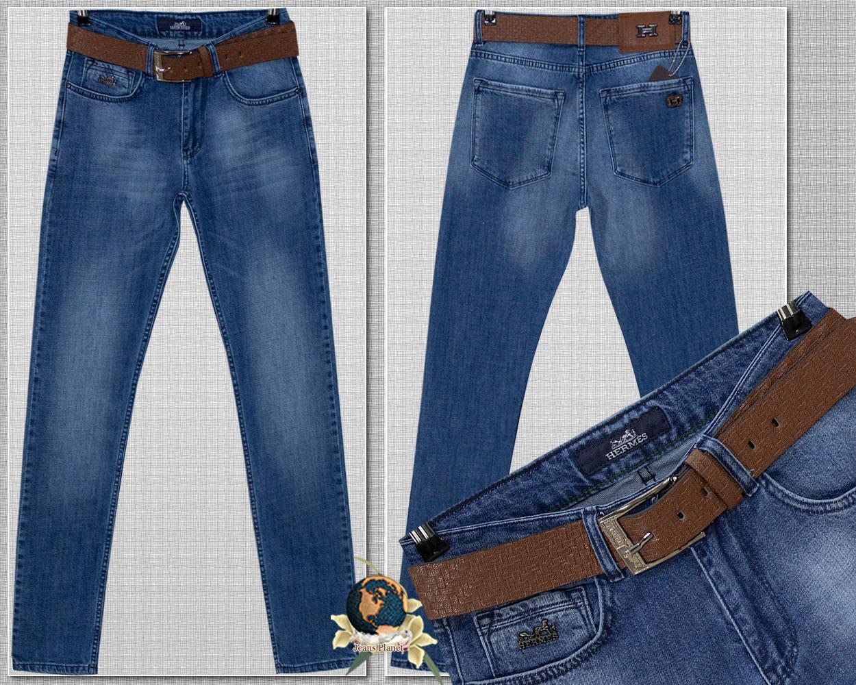 Брендовые мужские зауженные джинсы светло-синего цвета с ремнём