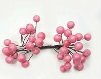Штучні блискучі ягоди для декору рожеві d=1 см (1 упаковка - 40 ягідок)