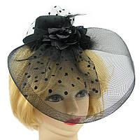 Шляпка с бутоньеркой и вуалью чёрная