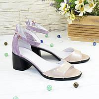 Босоножки женские замшевые на невысоком устойчивом каблуке, цвет розовый/лиловый