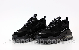 Жіночі кросівки balenciaga triple s black 40