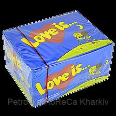 "Жувальна гумка ""Love is"" Полуниця-Банан 100 шт"
