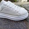 Кроссовки ALEXANDER MCQUEEN |копия| белые размеры 36-41 на толстой подошве высокие эко кожаные перфорация, фото 4