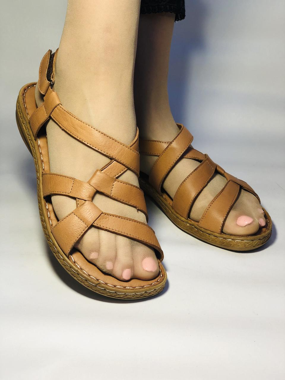 Жіночі шкіряні босоніжки .Розмір 37.39 Туреччина