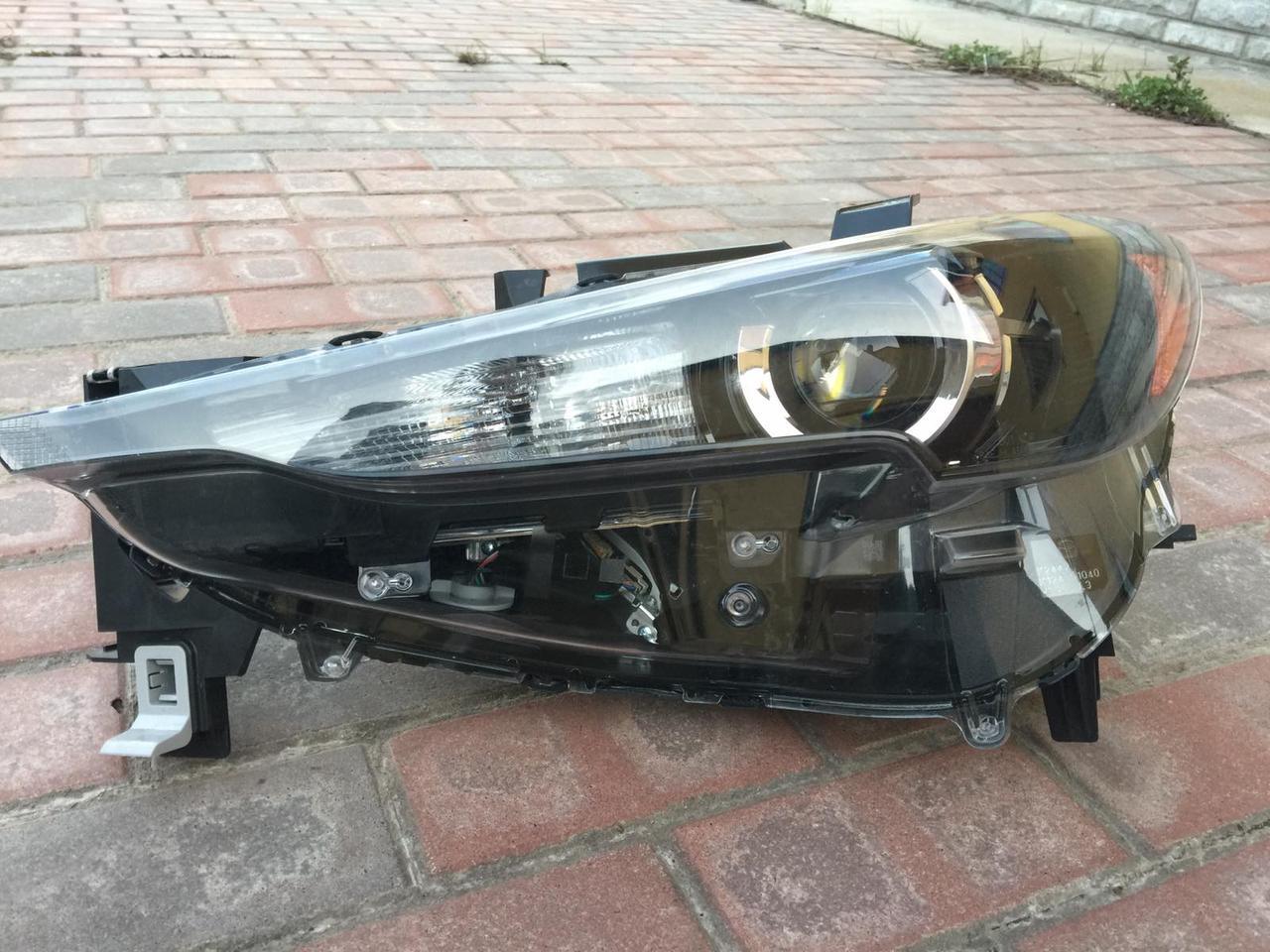 Фара левая LED Mazda CX-5 2018 USA