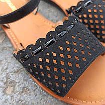 Сандалі Шльопанці босоніжки на застібці на плоскій підошві літні руді коричневі, чорні з візерунком, фото 3