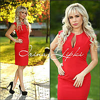 Платье футляр красного цвета из платьельно-костмной ткани
