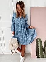 Женское летнее свободное джинсовое платье в горох с воланами