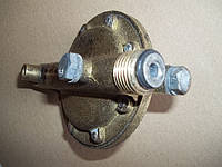 Латунный водяной редуктор к газовой водогрейной колонке ВПГ-23